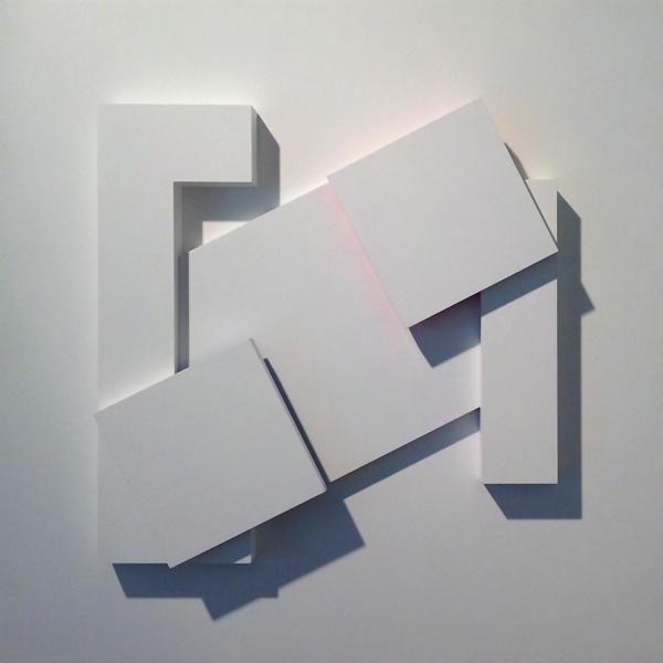 """""""relief k+g.g+k"""", 2014, MDF/Acryl, 50 x 50 cm"""