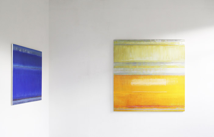 Induslight-gelb, 160 x 160 cm, Acryl-, Ölfarbe, Metall, 2011 Induslight-blau, 100 x 100 cm, Acryl-, Ölfarbe, Metall, 2011 Bruno Kurz (geb. 1957, lebt und arbeitet in Karlsruhe)